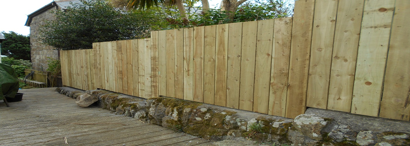 West Cornwall Fencing contractors. Recent close-board fence.